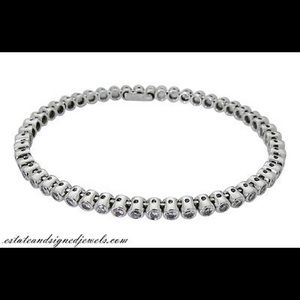 Jewelry - 18k White Gold 3.0TCW Diamond Bangle Bracelet D869