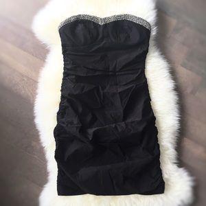 City Triangles Dresses & Skirts - Black Strapless Dress!