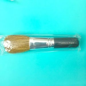 bareMinerals Other - ❗️SALE Bare Minerals flawless app face brush