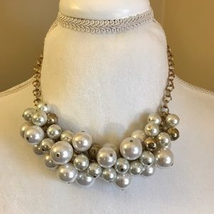 Pearl/Gold Bead Necklace