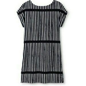 Marimekko Dresses & Skirts - 🎸NWT🎸Marimekko for Target Black and White Dress