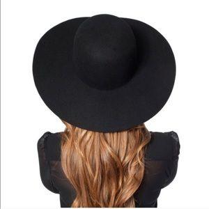 American Apparel Accessories - HP! 🏆 American Apparel Wool Floppy Hat
