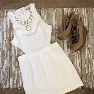 Oasap Dresses & Skirts - NWT Oasap White Cutout Mini Dress Size XS