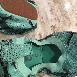 Yosi Samra Shoes - Yosi Samra green snake skin ballet flats