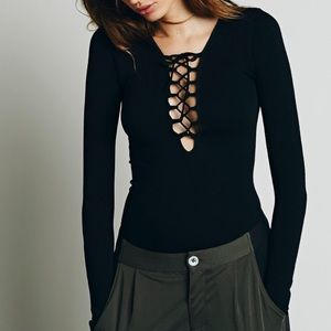 Free People Sweaters - FREE PEOPLE Classic Top Stretchy Bohemian Blouse