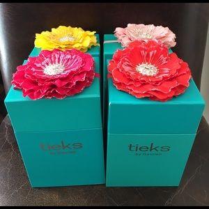 Tieks Accessories - Tieks Box with Flower