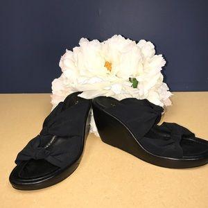 Donald J. Pliner Shoes - Donald J Pilner