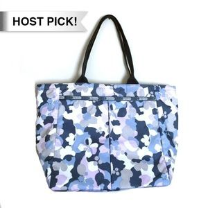 LeSportsac Handbags - *HP!* LeSportsac blue pink floral zip tote pouch