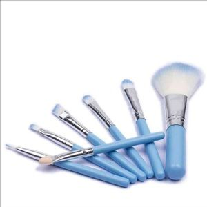 Other - 7 piece makeup brush set