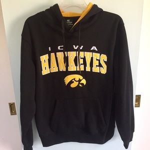 Colosseum Other - Iowa Hawkeyes sweatshirt