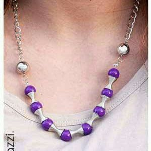 Short NWT purple bead and spring unique necklace