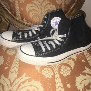 Converse Shoes - Black Hightop Converse - Size 9