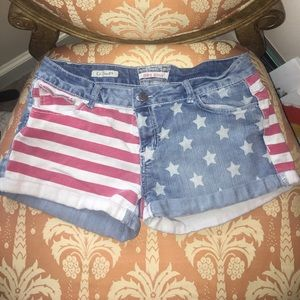 Hot Kiss Pants - American Flag Festival shorts - Size 13