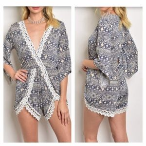 Pants - 🆕 Navy and tan lace romper
