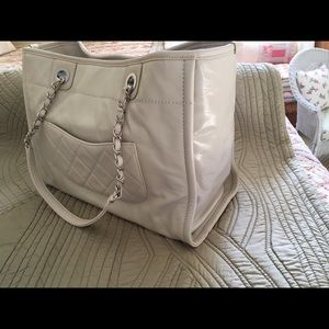 CHANEL Bags - Chanel Leather Deauville Tote Medium