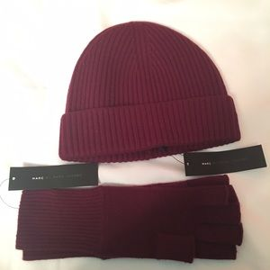 Marc by Marc Jacobs Accessories - Marc Jacobs Cashmere Hat & Fingerless Gloves