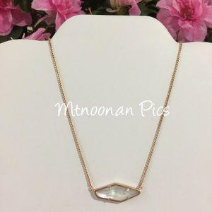 Kendra Scott Jewelry - Kendra Scott Beth Necklace Ivory Mother Of Pearl