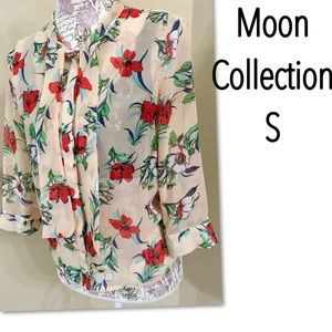 Moon Collection Tops - 🌺SALE🌼Moon Collection sheer button up blouse S