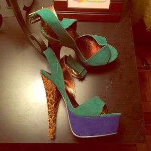 Shoes - Stunning Blue/Green/Print Heels