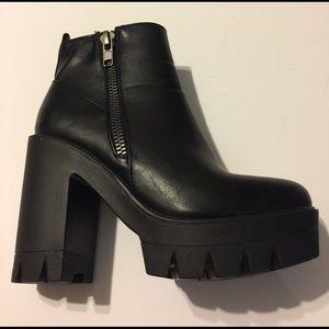 Lightweight Black Platform Booties