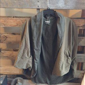 Monrow Jackets & Blazers - Monrow Army green lagenlook cape/ poncho O/S vest