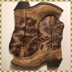 Ariat Shoes - Ariat women Legend Shattered boots -Leopard