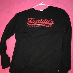 Gildan Tops - Freddy's Frozen Custard & Steakburgers Sweatshirt
