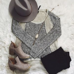 Sweaters - Grey Knitted Sweater