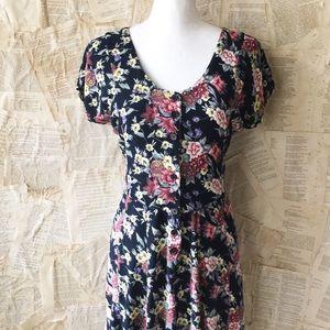 Nostalgia Dresses & Skirts - Nostalgia Vintage 90's Grunge Floral Midi Dress