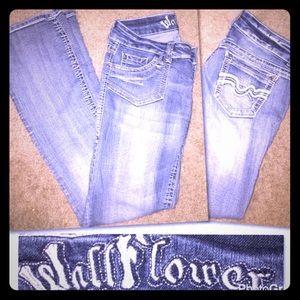 Wildflower Denim - Wallflower jeans size 7