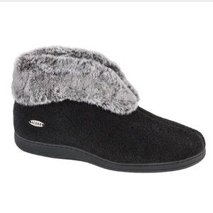 ACORN Shoes - Acorn Chinchilla Bootie ll..size 6.5-7.6