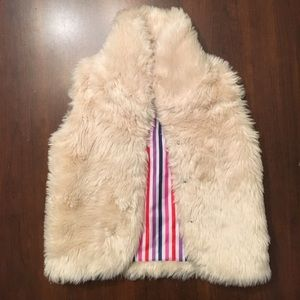 Toobydoo Other - EUC toobydoo girls fur vest