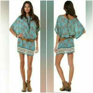 Tolani Dresses & Skirts - Tolani Silk Mini Dress Size S