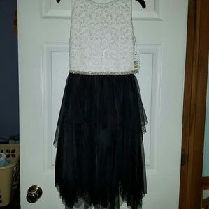 NWT Black and White Girls Dress