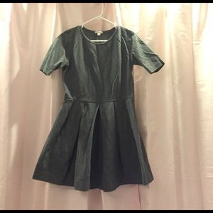 GAP grey short sleeve dress. Size small