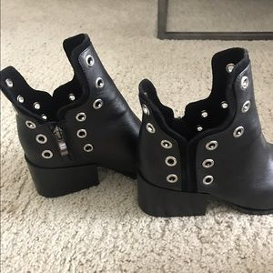 Detailed black booties