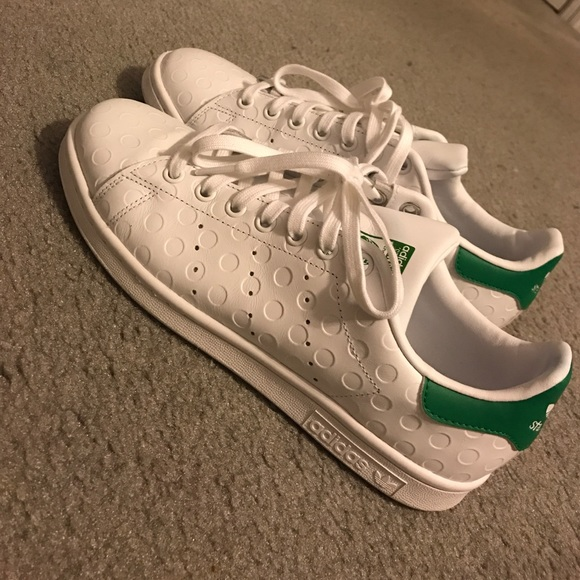 pretty nice 88ccf a08f5 Adidas Stan Smith White Embossed polka dots 9.5 10