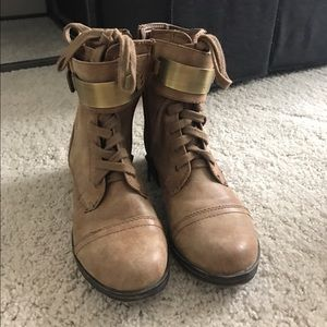 Shoes - Light tan combat boots