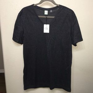 New with tags Calvin Klein v neck tee shirt sz L