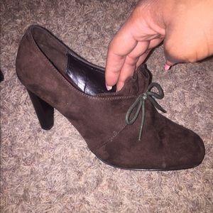 Ann Marino Shoes - Ann Marino Brown suede shoes