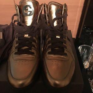 Men Gucci Sneakers.