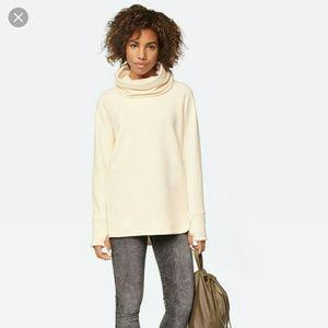 Bench Tops - Bench Bend Sweatshirt