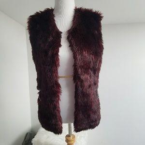 Daytrip Tops - Daytrip Faux Fur Vest Size Large