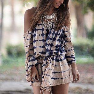 Elan Tops - Elan bell sleeve off shoulder tunic dress ✨