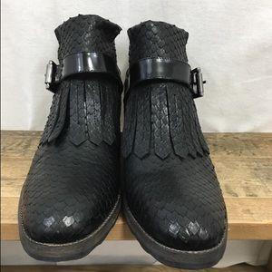 isox Shoes - Isox Italian made snake fringe leather loafer