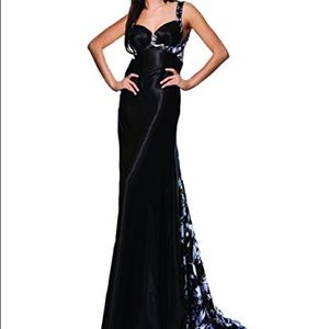Tony Bowls Dresses & Skirts - Tony Bowls Paris Black Prom Dress