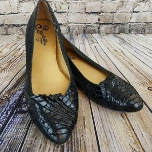 Seychelles Textured Leather Pointed Ruffle Flat
