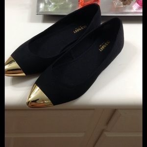 New Old Navy black and gold flats Size 7