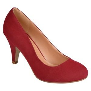 Journee Collection Shoes - NEW Journee Collection Maroon Round Toe Heels
