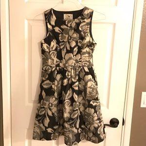 ✨FLASH SALE✨ Floral Metallic Tabitha Dress Size 4